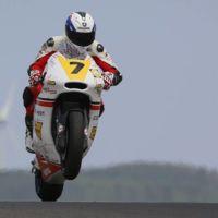 El joven Iker Lecuona debutará en el mundial de Moto2 como sustituto de Dominique Aegerter