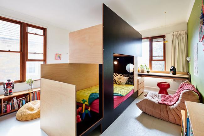 Dormitorio infantil para dos: juntos, pero no revueltos