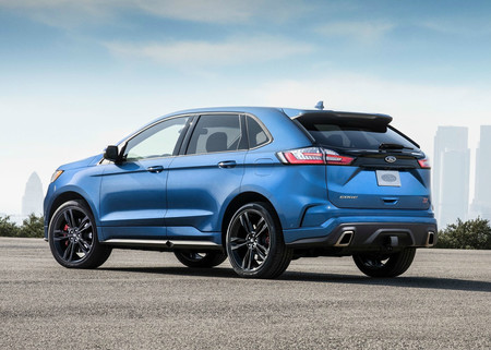 Video: ¡Háganse a un lado Fiesta y Focus! El Ford Edge ST se mide contra sus hermanos