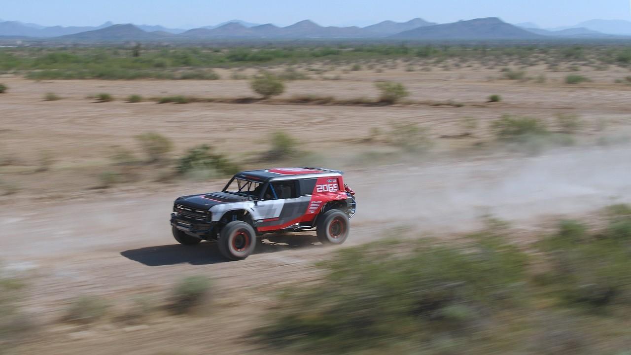 Foto de Ford Bronco R (10/13)