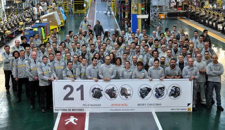 Renault Valladolid saca a la calle su motor 21 millones