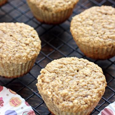 Muffins de plátano y avena. Receta rápida y saludable para el desayuno