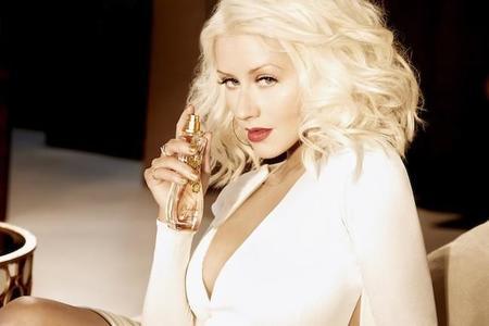 Christina Aguilera sigue ampliando su colección de fragancias. Esta vez con Woman