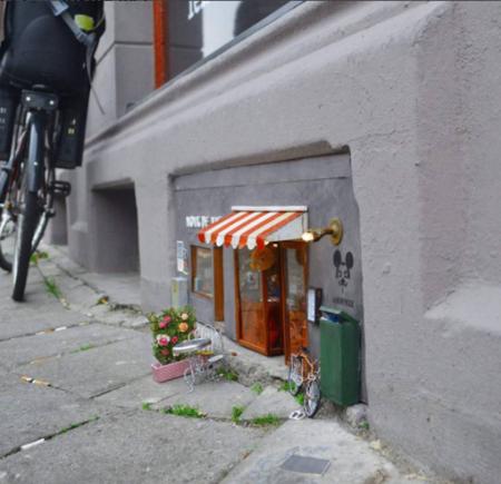 Esta cuenta de Instagram decora locales para ratoncitos y parecen salidos de un cuento de Beatrix Potter