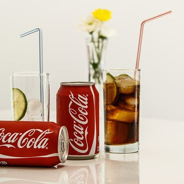 Por primera vez en su historia, Coca Cola está por lanzar su primera bebida alcohólica