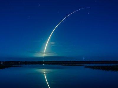 La carrera espacial ya no es EEUU contra Rusia, sino Musk contra Bezos