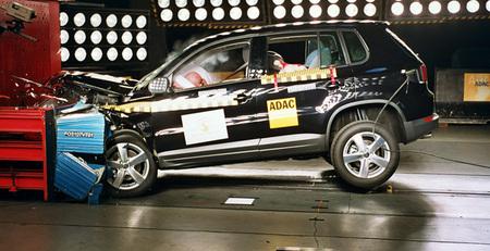 VW Tiguan 2009 EuroNCAP