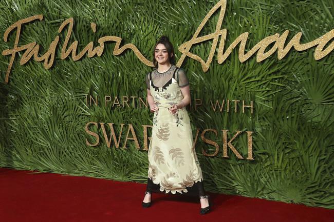 british fashion awards alfombra roja Maisie Williams