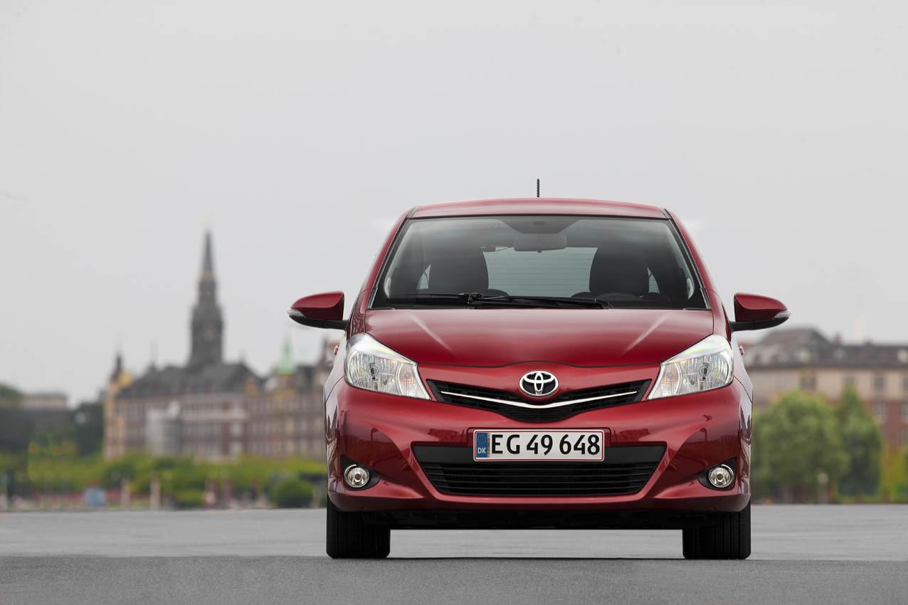 Foto de Toyota Yaris 2012 (17/33)