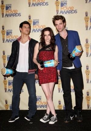 'Crepúsculo' triunfa en los los MTV Movie Awards