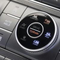 """Hyundai Santa Fe 2021 ahora cuenta con nuevos modos de manejo para un desempeño más """"4x4"""""""