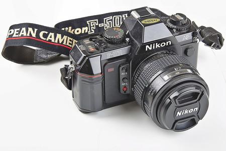 Nikon F501