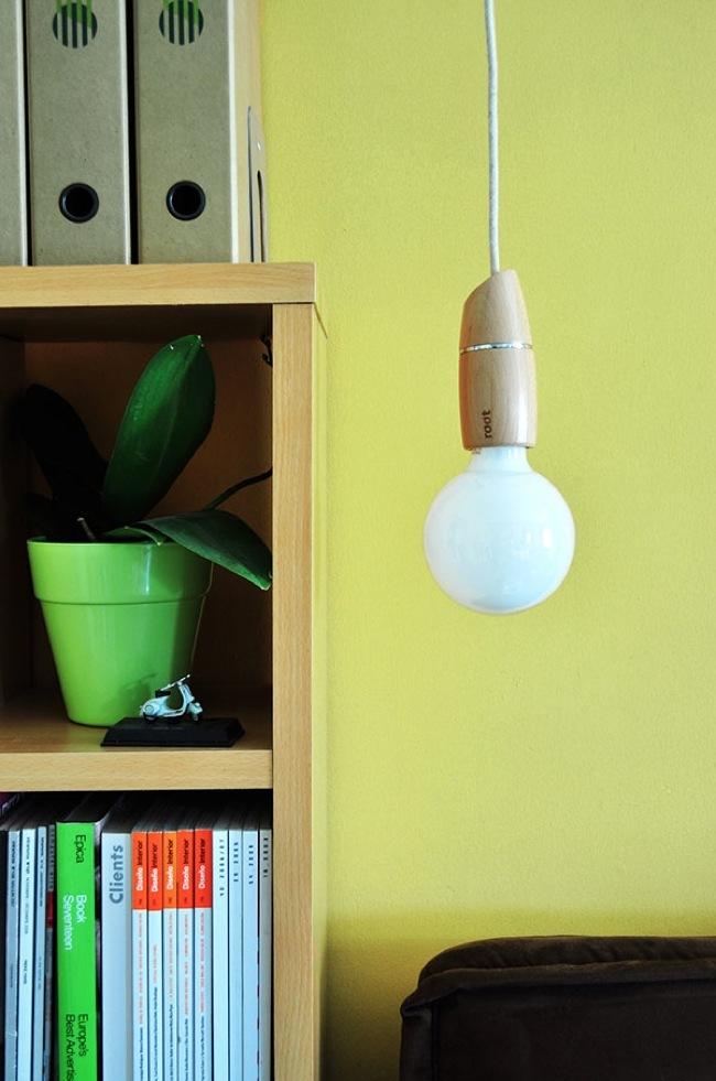 Foto de Presume de bombillas con los adorables casquillos de madera Root (2/6)