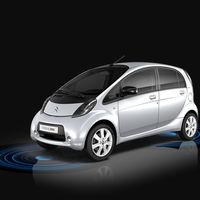La ciencia detrás de las carreteras que recargarán tu coche eléctrico circulando