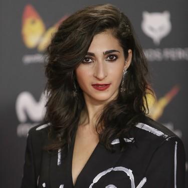 El feminismo hace acto de presencia en los Premios Feroz 2018, con el traje más original que hemos visto sobre la alfombra roja