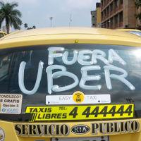 Taxistas irían a paro nacional si legalizan Uber