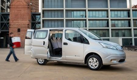 Nissan e-NV200 mixta puertas abiertas
