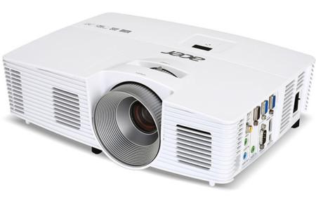 Acer H5380BD busca ser un proyector sencillo para el cine en casa