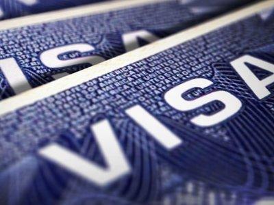 Gobierno Trump inicia cambios al programa de visas para trabajadores extranjeros del sector tecnológico