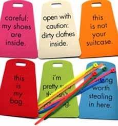Más etiquetas graciosas para maletas