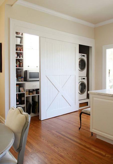 Idea deco puertas de granero para la cocina for Puerta granero madera