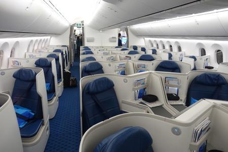 Xiamen Business Class 787 9 8