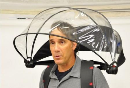 Nubrella, un paraguas que no tendrás que sujetar con las manos