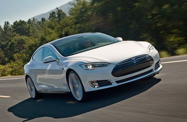 Tesla Model S Mejor eléctrico de 2011 en Motorpasión
