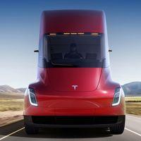 ¡Se acabó la espera! El camión eléctrico Tesla Semi empezará sus primeras entregas este año: podríamos verlo en verano
