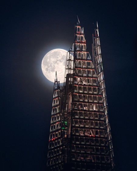 Om 21864 1 The Moon And The Shard C Mathew Browne