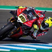 Álvaro Bautista confirma que aún no ha renovado con Ducati porque Honda le está poniendo el anzuelo