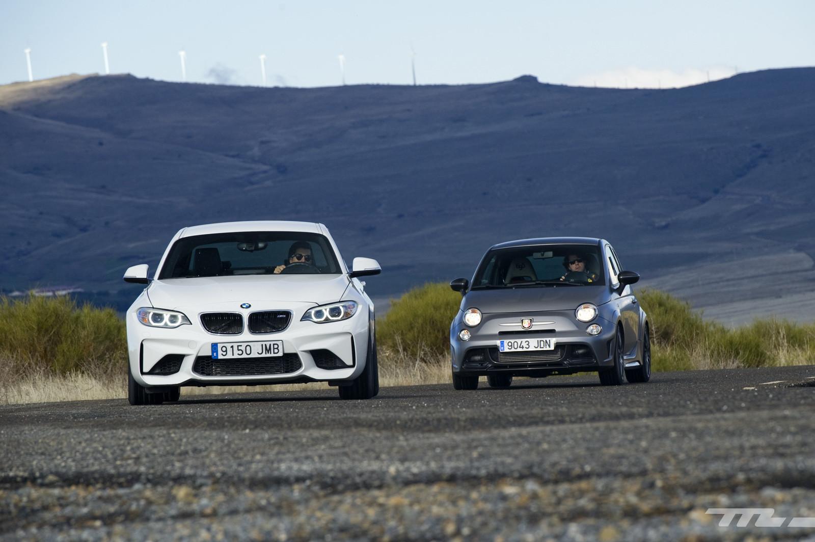 Foto de Abarth 695 Biposto vs BMW M2 (31/44)