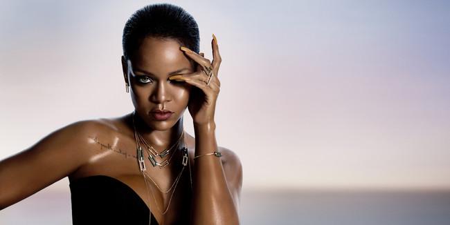 Rihanna Wearing The Rihanna Chopard Joaillerie Collection