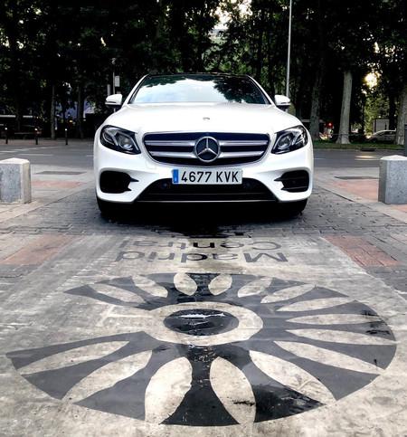 Mercedes-Benz E 300 de frontal