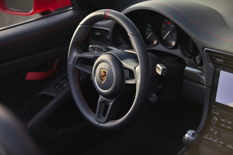 Foto de Porsche 911 Speedster 2019 (14/43)