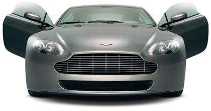 Los diseñadores prefieren el Aston Martin V8 Vantage