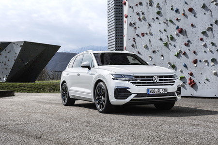 Volkswagen Touareg lateral frontal