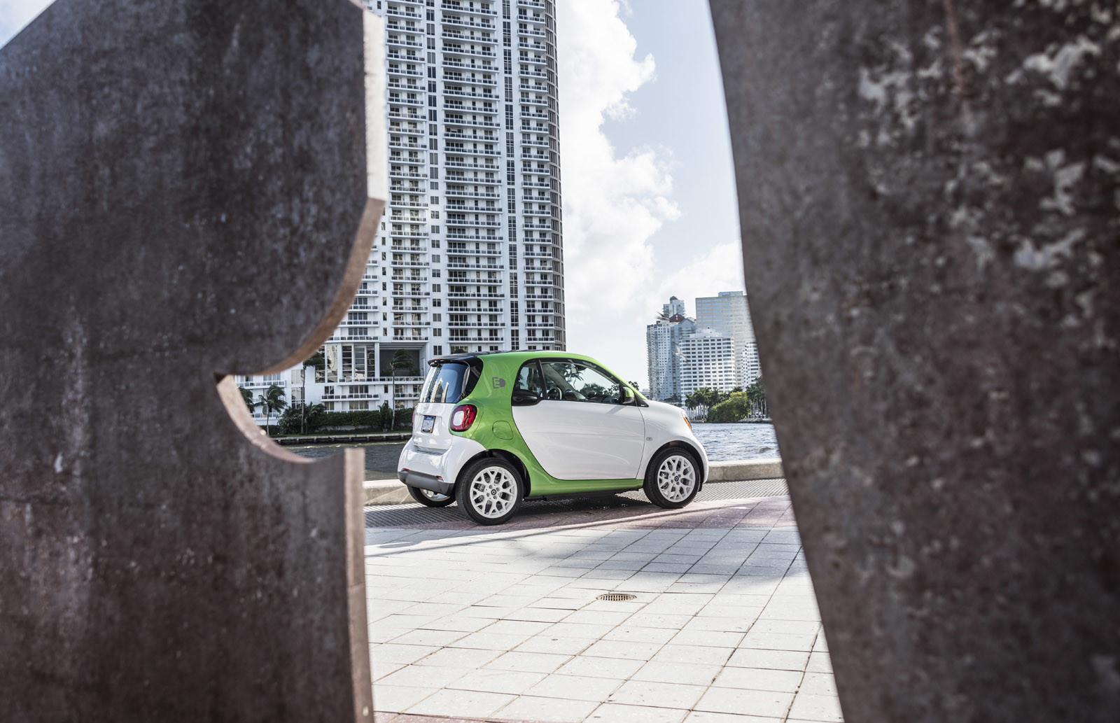 Foto de smart fortwo Electric Drive, toma de contacto (134/313)