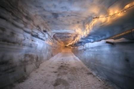 Ya puedes visitar el túnel de hielo más grande hecho por el ser humano si viajas a Islandia