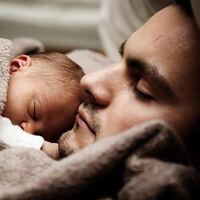 ¿Qué cambia del permiso de paternidad en 2021? Tendrás cuatro semanas más