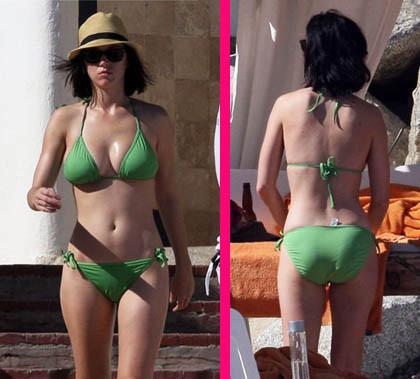 Katie Perry de vacaciones en bikini