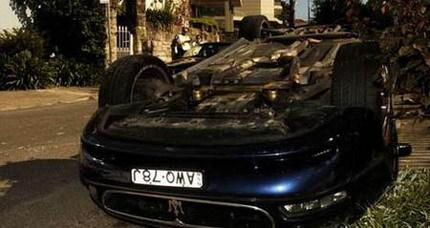Los peligros de mover un Maserati con un montacargas, ahora en video