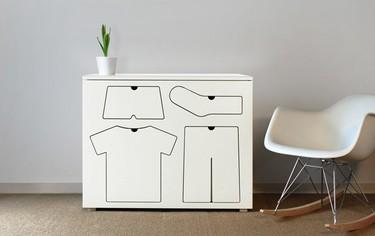 Una original cómoda para que los niños aprendan a vestirse