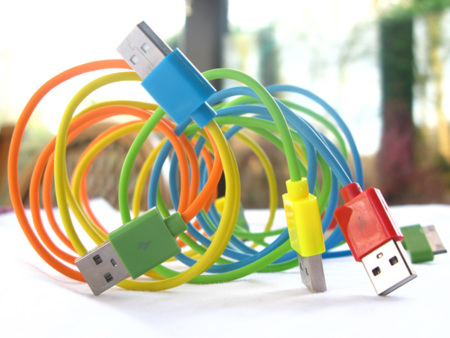 Coloridos cables USB
