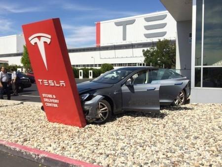 El próximo coche de Tesla llevará por nombre Modelo 3 y costará 35 mil dólares