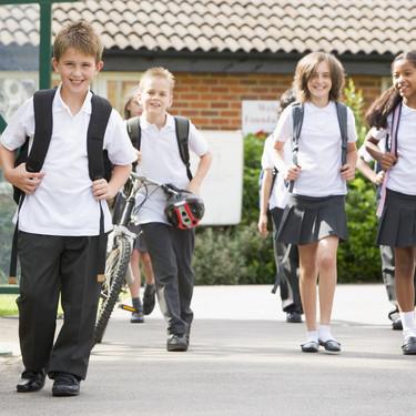 Así están volviendo al colegio en algunos países de nuestro entorno: ¿qué ocurrirá en España?