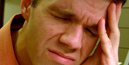 ¿El dolor de cabeza se quita con analgésicos o se quita solo?