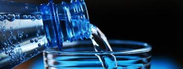 Con el agua no se juega: todas las locuras que se han dicho sobre beber agua y que no tienen aval científico