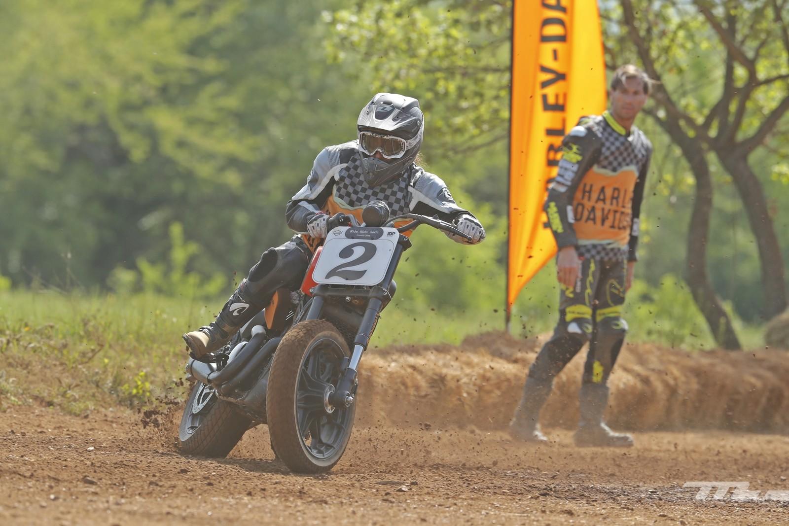 Foto de Harley-Davidson Ride Ride Slide 2018 (35/82)