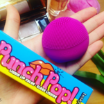 Dale color a tu otoño con este duo de ases: probamos Foreo Luna Play y Punch Pop de Benefit